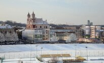 Clarion viešbutis prie Vilniaus Šv. apaštalų Pilypo ir Jokūbo bažnyčios