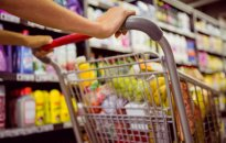 Литовцы тратят на покупки меньше других жителей Балтии