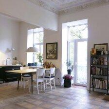 Senamiestyje prieškarinį butą įsigijusi architektų šeima atsisakė tarnų įėjimo