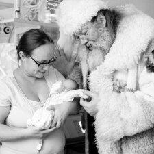 Per anksti gimusius vaikučius ligoninėje aplankė ypatingas svečias