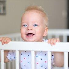 10 gudrybių, kaip sutaupyti pinigų perkant kūdikio kraitelį