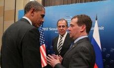 Barackas Obama, Sergejus Lavrovas ir Dmitrijus Medvedevas