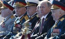 V. Putinas ir D. Jazovas (iš dešinės)