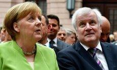 Angela Merkel, Horstas Seehoferis
