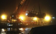 Autobuso vairuotojui įsivėlus į konfliktą su keleive šis nulėkė nuo tilti, žuvo 13 žmonių