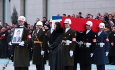 Rusijos ambasadoriaus palaikai grįžo į Maskvą