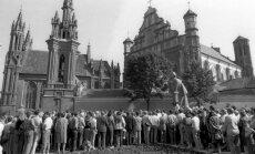 1987 metų rugpjūčio 23 dienos mitingas prie Adomo Mickevičiaus paminklo Vilniuje