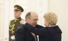 Valstybės apdovanojimai Lietuvos prezidento rūmuose