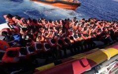 Еврокомиссия угрожает штрафовать страны за отказ в приеме беженцев
