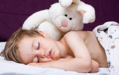 TOP 5 maisto produktai, gerinantys miegą