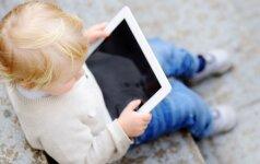 Kodėl reikia riboti laiką, kurį vaikai praleidžia su išmaniaisiais