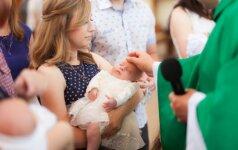 Šiais laikais tėvai pamiršta kelias svarbias krikštynų tradicijas