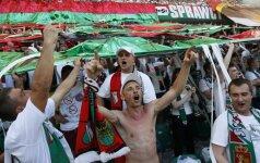 """Varšuvos """"Legia"""" klubo fanai džiaugiasi pergale"""