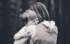 Palikite vaiką ramybėje: požymiai, kad tėvai yra pernelyg rūpestingi