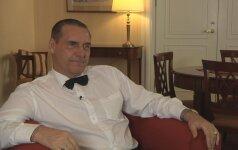 Algirdas Kaušpėdas: jeigu būčiau tikras džentelmenas, pasakyčiau, dėl ko iširo mano pirmoji santuoka