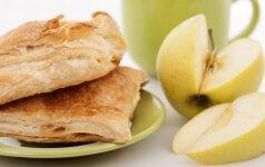Pyragėliai su obuoliais, kurie skanūs ir šilti, ir šalti
