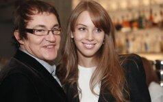 ФОТО: Жена Диброва показала шикарную грудь