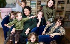 9 vaikus globojanti Sikorskių šeima: neįmanoma vienodai pamilti visų vaikų