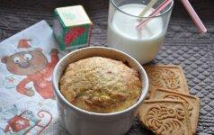 Vaikiškas skanėstas iš sausainių ir varškės