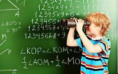 Linksmas video: tėčio reakcija į sūnaus matematikos pažymį