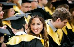 В Вильнюсе - торжественная церемония вручения дипломов выпускникам ЕГУ