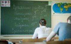 Po anglų egzamino – dvyliktoko nusivylimas: ne kiekvienas anglas išlaikytų vieną jo dalių