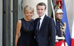 Į 7-tą dešimtį įkopusi pirmoji Prancūzijos ponia: elegantiška, drąsi ir stilinga