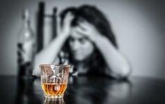 Пьяная мать ночью выгнала своего малолетнего сына на улицу