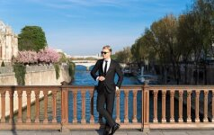Paryžiuje apsilankęs Mantas Wizzard užsuko ir į garsuosius kabaretus