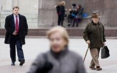 Депутаты предлагают раньше выплатить компенсации за сниженные пенсии