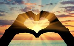 Eilėraščiai apie meilę