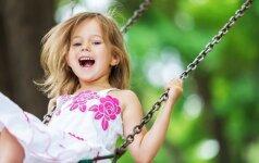 Mitai apie lauko darželius: ar vaikai čia dažnai serga ir auga laukiniai?