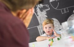 Kaip vaiko kalbos raidai gali padėti tėvai: interviu su logopede
