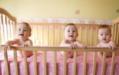 Gimė identiški trynukai: šansai jų susilaukti yra mažesni, negu laimėti milijoną