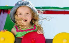 Kaip auginti savimi pasitikintį vaiką nuo pat mažų dienų?