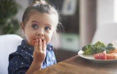 8 mitybos specialistės patarimai tėvams, kaip užkirsti kelią vaiko apkūnumui