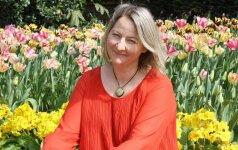 Nuogą knygą parašiusi 4 vaikų mama: džiaugiuosi išvažiavusi iš Lietuvos