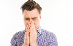 Исследование: люди способны чувствовать запах болезни