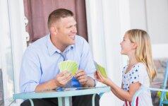 Logopedė pataria, kaip per atostogas lavinti vaiko kalbą