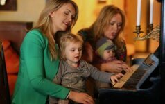 Rūta Ščiogolevaitė parodė mažiausiuosius vaikus – Anabelę ir Aroną