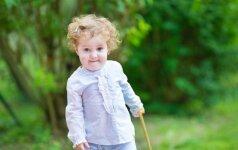 Psichologas: kaip iš tiesų jaučiasi vaikas, išvežtas vasarai atostogų pas močiutę