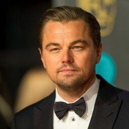 Leonardo Di Caprio renkasi vis jaunesnes? Naujajam jo flirto taikiniui neseniai sukako 18 m. (FOTO)