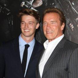 Ouč! Arnoldo Schwarzeneggerio sūnelis dailėja ne dienomis, o valandomis (FOTO)
