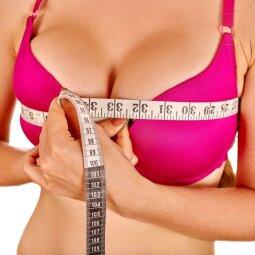 3 pratimai krūtinei, kurie kaipmat ją pagražins