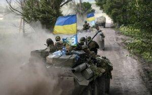 Литва снабдит украинских военных касками, бронежилетами и щитами