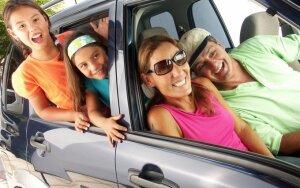 šeima, pora, vaikai, laisvalaikis, atostogos, automobilis, vasara, mergaitės