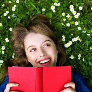 KONKURSAS BAIGTAS. Įstok į kovo mėnesio knygų klubą ir laimėk neįtikėtinai įdomias knygas!