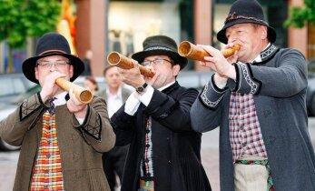 """В Вильнюсе пройдет праздник фольклора """"Звучат, звучат гусли"""""""