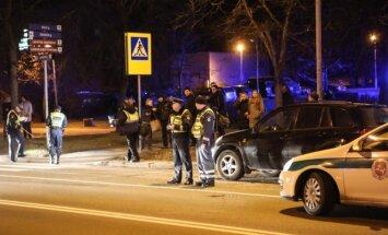 Girtas BMW vairuotojas perėjoje Vilniuje partrenkė penkis žmones