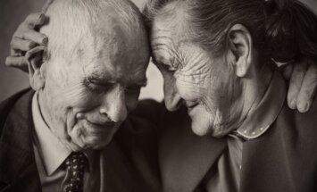 Tvirtų santykių paslaptys:  patarimai tų, kurie kartu praleido beveik visą gyvenimą